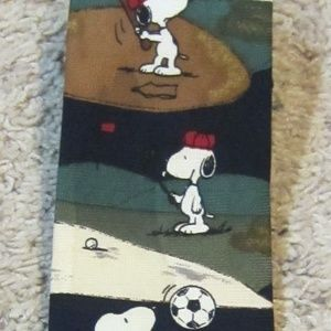 Other - Snoopy sports mans tie